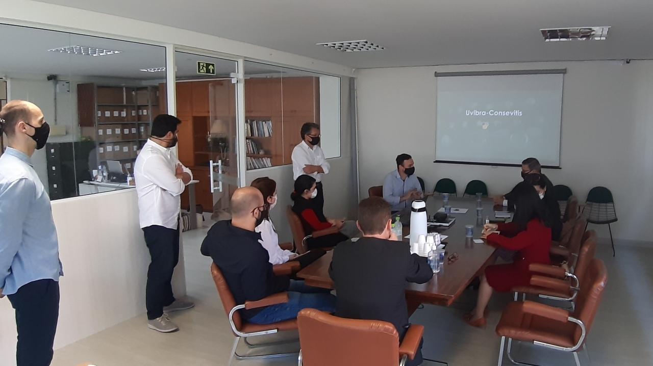 Comitiva visitou Consevitis-RS